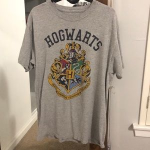 Hogwarts Harry Potter heather grey shirt